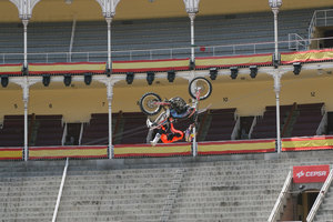 Foto Red Bull X Fighter 234