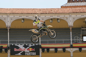 Foto Red Bull X Fighter 242