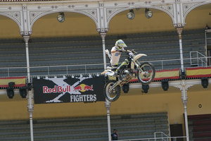 Foto Red Bull X Fighter 245