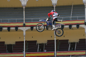 Foto Red Bull X Fighter 250