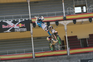 Foto Red Bull X Fighter 254