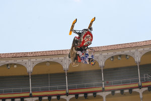 Foto Red Bull X Fighter 260