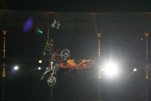 Foto Red Bull X Fighter 358