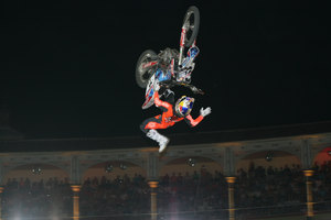 Foto Red Bull X Fighter 404