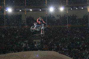 Foto Red Bull X Fighter 407