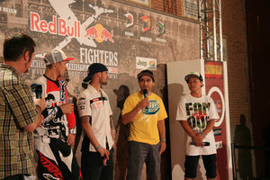 Foto Red Bull X Fighter 571
