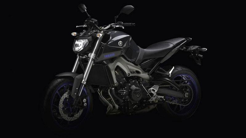 Foto Yamaha MT 09 2014 Frontal Izquierdo 51