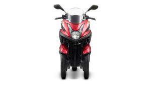 Foto Yamaha Tricity 2015 Frontal 035