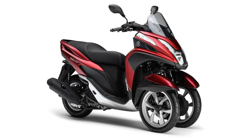 Foto Yamaha Tricity 2015 Frontal Derecho 030