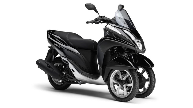 Foto Yamaha Tricity 2015 Frontal Derecho 036