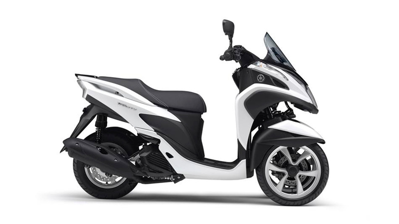 Foto Yamaha Tricity 2015 Lateral Derecho 021