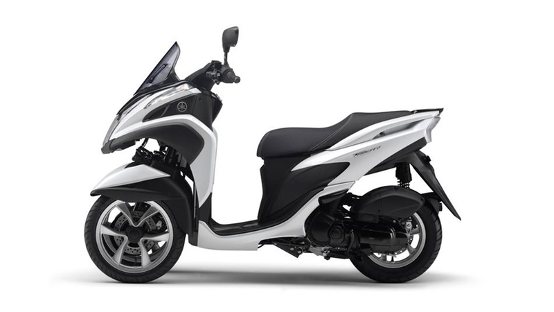 Foto Yamaha Tricity 2015 Lateral Izquierdo 022
