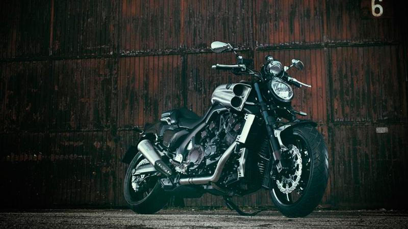 Foto Yamaha VMAX Carbon 2015 Exterior 7