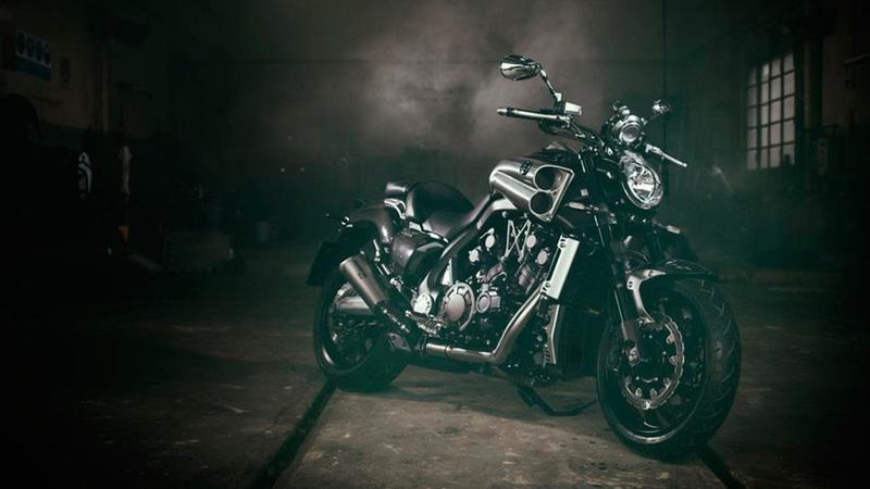 Foto Yamaha VMAX Carbon 2015 Exterior 8