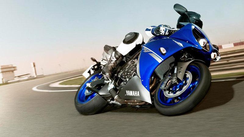 Foto Yamaha Yzf R1 2013 Dinamica 22