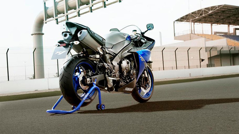 Foto Yamaha Yzf R1 2013 Exterior 19