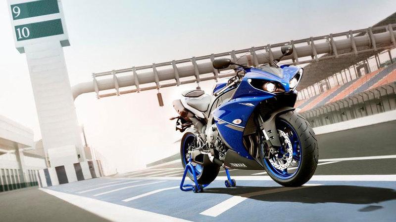Foto Yamaha Yzf R1 2013 Exterior 20
