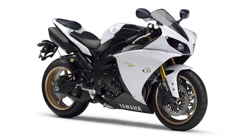 Foto Yamaha Yzf R1 2013 Frontal Derecho 2
