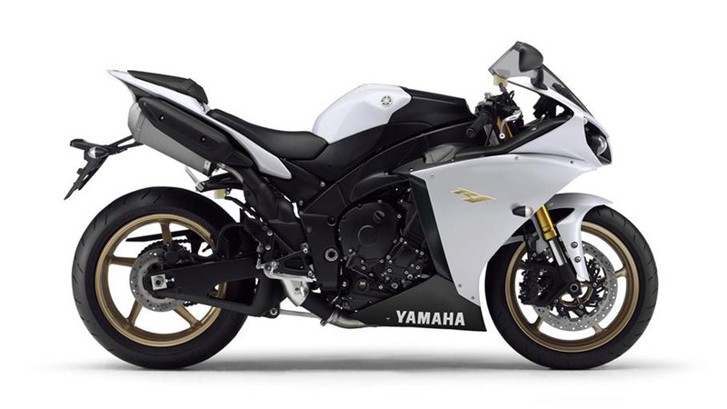 Foto Yamaha Yzf R1 2013 Lateral Derecho 8