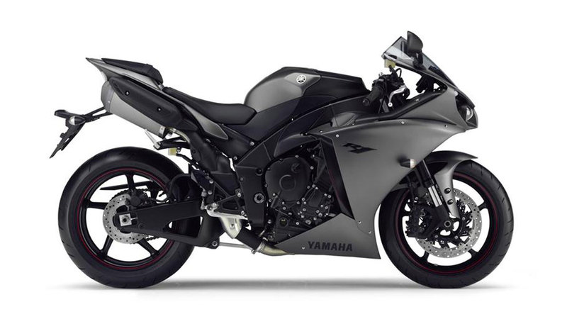Foto Yamaha Yzf R1 2013 Lateral Derecho 9