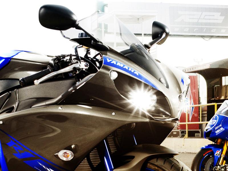 Foto Yamaha YZF R1 2014 Detalles 5