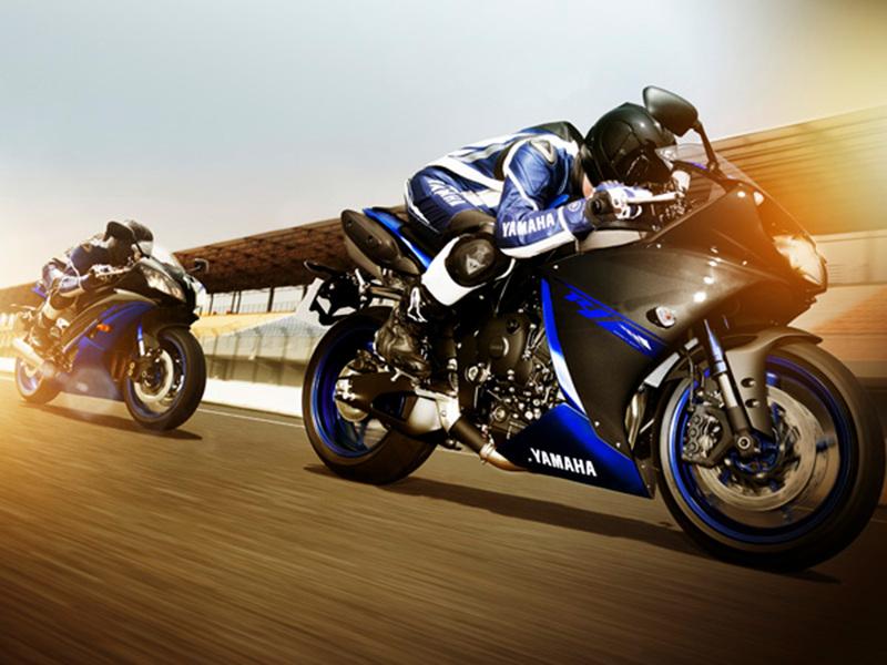 Foto Yamaha YZF R1 2014 Dinamica 10