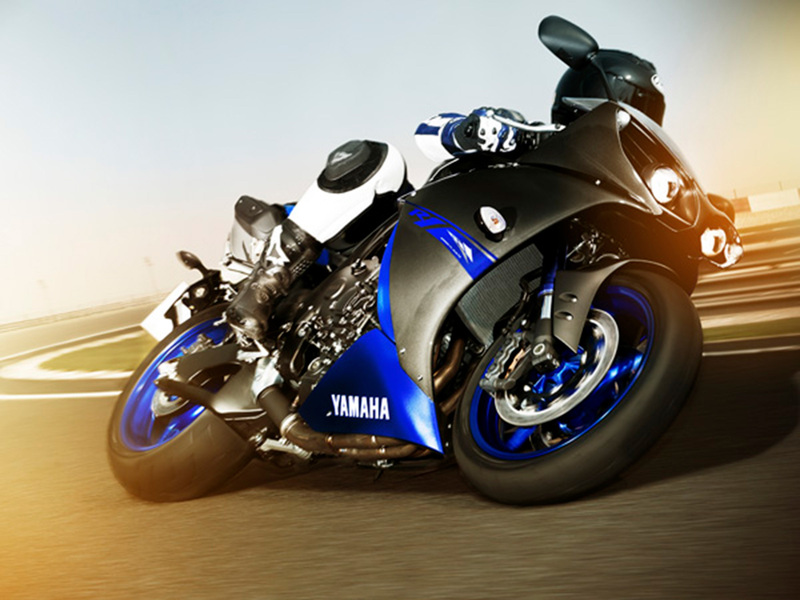 Foto Yamaha YZF R1 2014 Dinamica 11