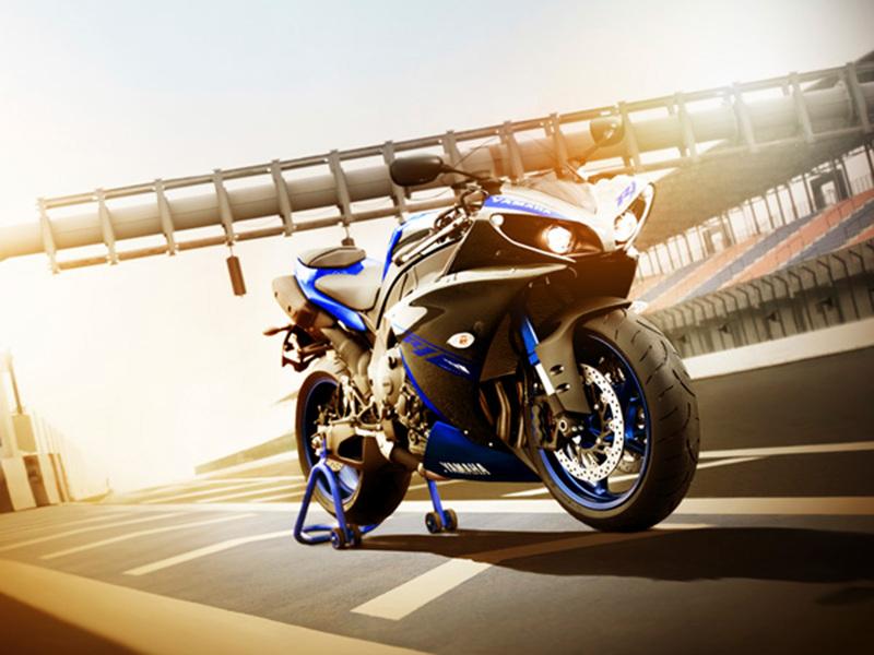 Foto Yamaha YZF R1 2014 Exterior 16