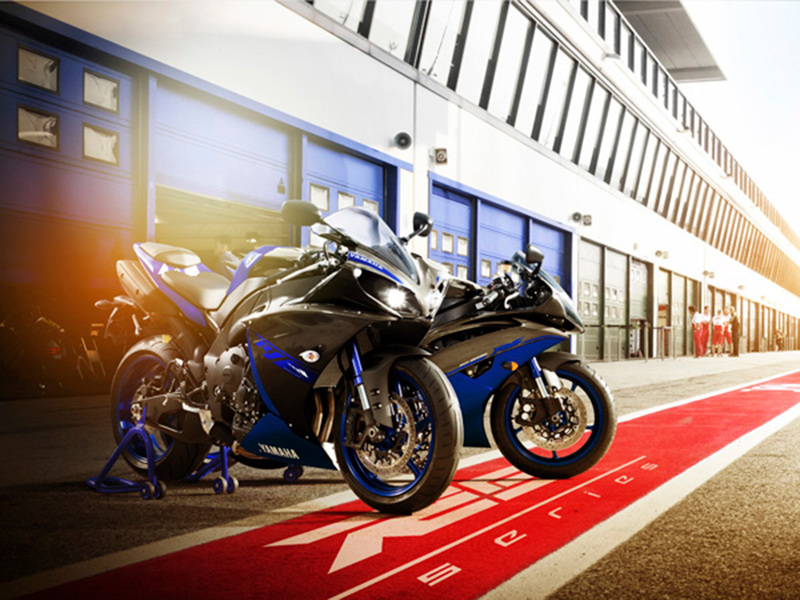 Foto Yamaha YZF R1 2014 Exterior 17