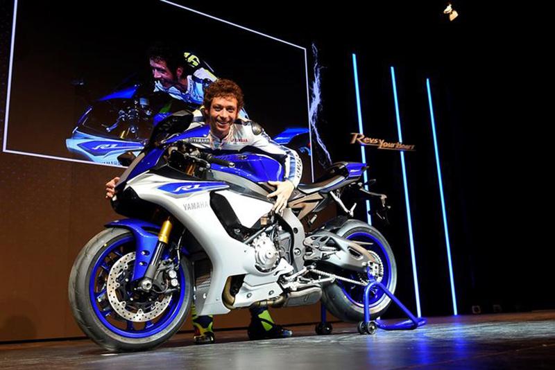 Foto Yamaha YZF R1 2015 100