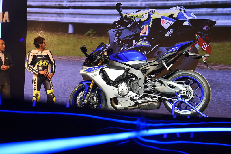 Foto Yamaha YZF R1 2015 101
