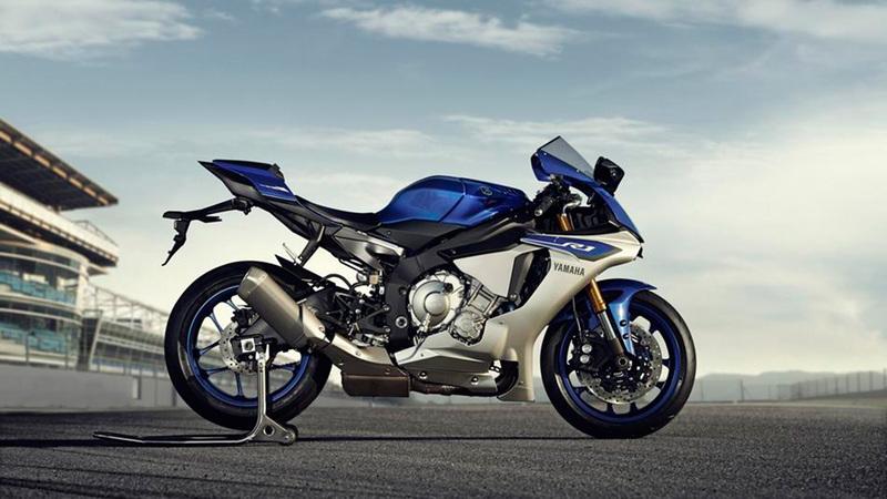 Foto Yamaha YZF R1 2015 Exterior 006