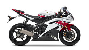 Foto Yamaha Yzf R6 Wgp 50th Anniversary 2012 Lateral Derecho 3
