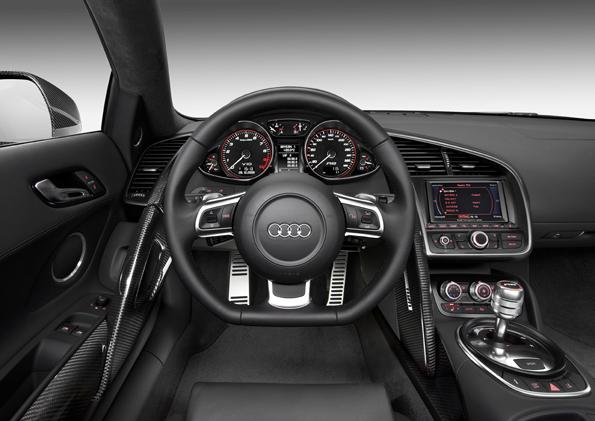 Audi_R8_V10_FSI__2_.jpg
