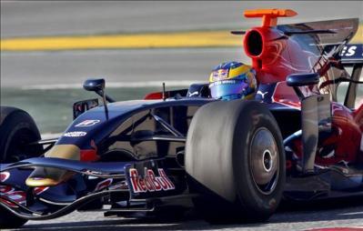 Bourdais_Toro_Rosso.jpg