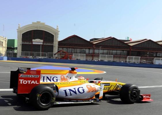 Fernando_Alonso__Renault__GP_EUROPA_2009_Viernes.JPG