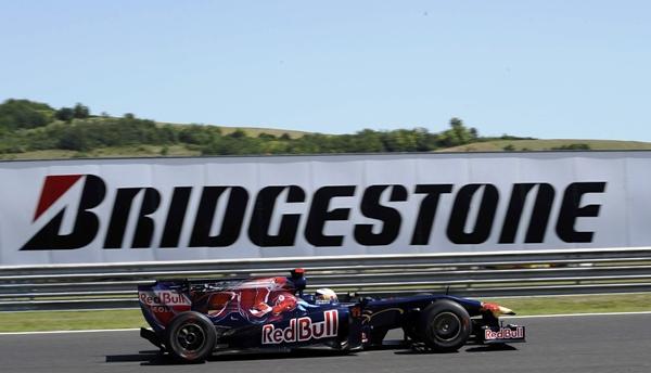 Jaime Alguersuari (Toro Rosso)-GP Hungría viernes_2.JPG