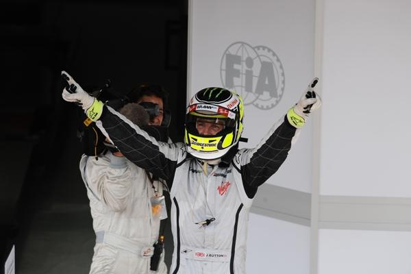 Jenson_Button__Brawn_GP__Campe__n_del_Mundo_de_F1_09.JPG