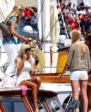 Babes_Monaco_2.jpg