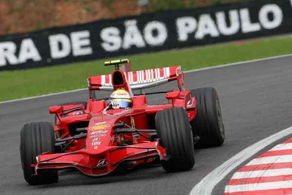 FELIPE_MASSA__Ferrari__Pole_en_Brasil_08.JPG