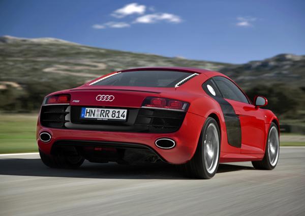 Audi_R8_V10_FSI_quattro_600.jpg