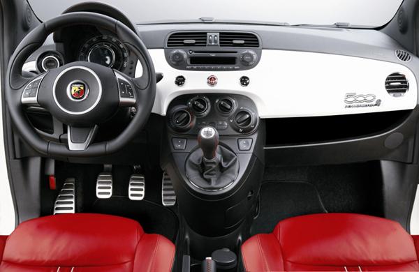 500_Abarth_interior.jpg