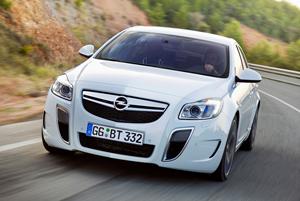 Opel_Insignia_OPC_1.jpg