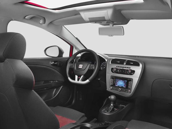 seat-leon-2009-interiores.jpg