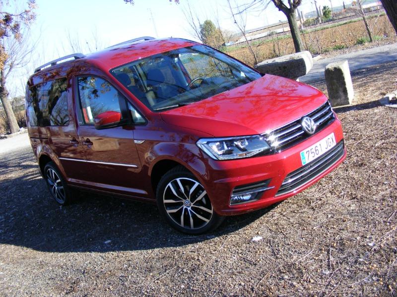 Presentación gama Volkswagen Vehículos Comerciales y contacto con el Volkswagen Caddy 2.0 TDI Bluemotion