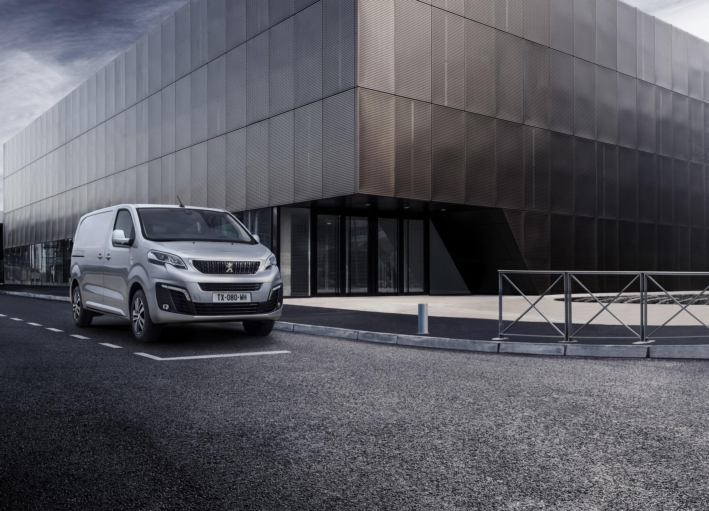 El nuevo Peugeot Expert llega a los concesionarios españoles