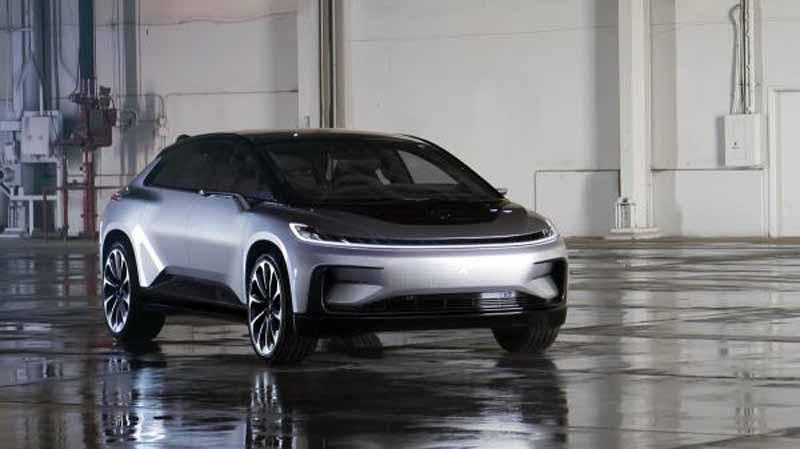 Ya está aquí el primer vehículo de producción de Faraday Future, el FF 91