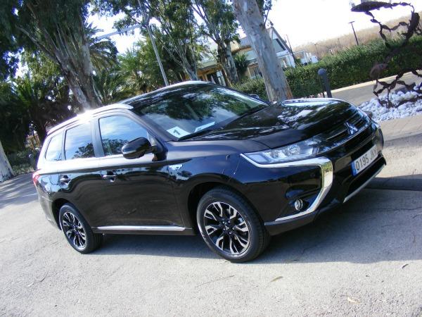 Presentación del nuevo Mitsubishi Outlander PHEV 2016