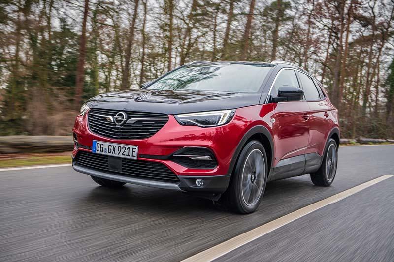 Opel Grandland X Hybrid4, prueba express