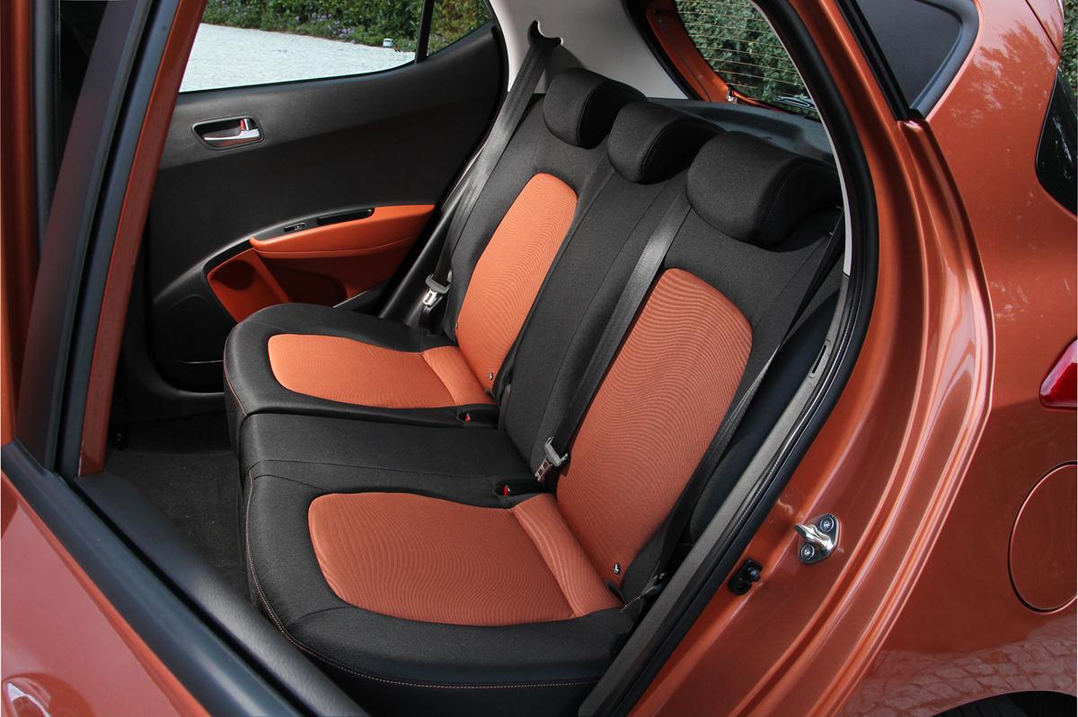 Hyundai i10 2014, análisis plazas posteriores